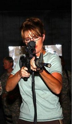 palin-with-gun